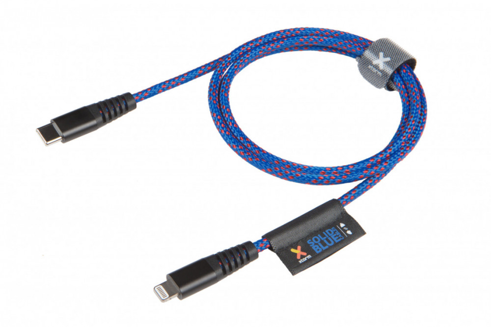 Xtorm CS032 SOLID BLUE USB-C LIGHTNING CABLE (1M)